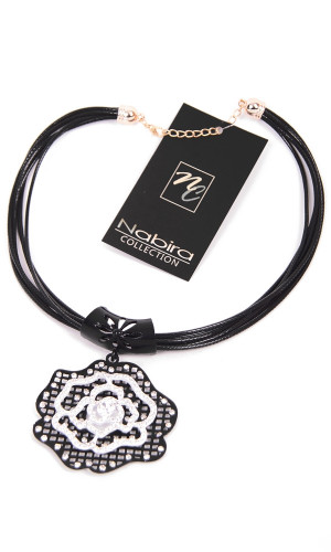 COL19 Flower necklace