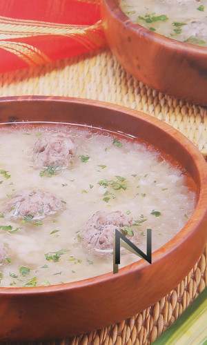 Book : Soups and broths
