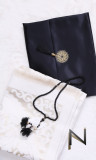 Satin pouch: Carpet and tasbih