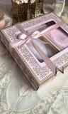 Premium gift box: Prayer rug, Quran with gilding in Arabic and tasbih